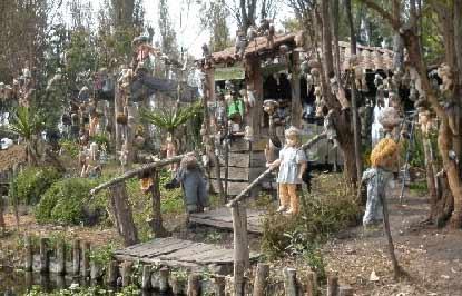 Остров мёртвых кукол